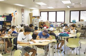 試験なしでカピオラ二コミュニティカレッジ(KCC)へ入学する方法