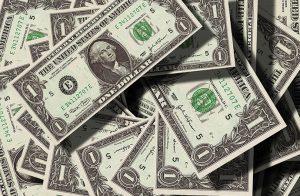 外貨宅配は便利 日本円をドルに両替する